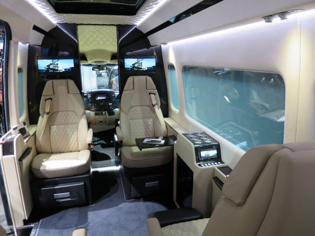 mercedes benz luxury interior - sprinter van luxury interior - luxury interior of a van - mercedes benz  luxury van