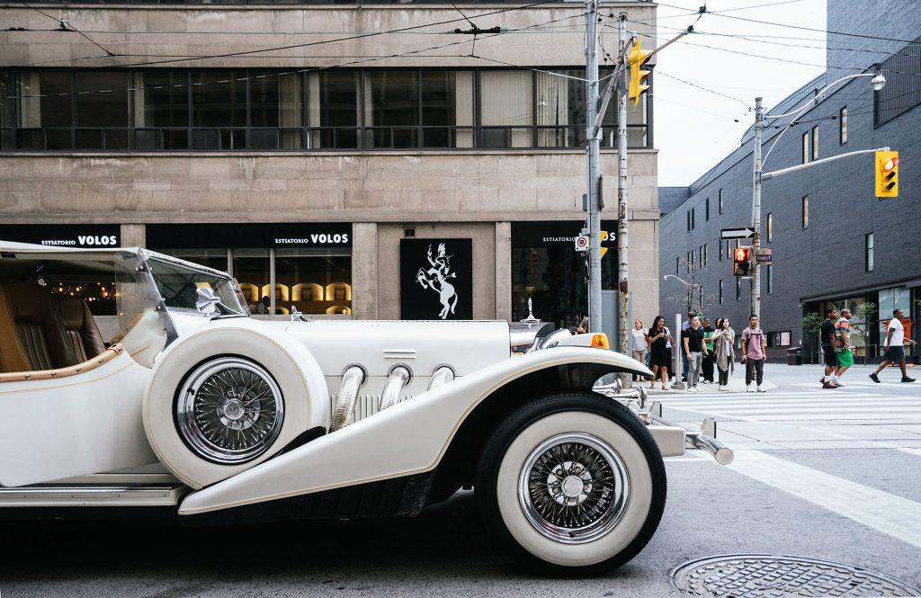 vintage limousine - white limo - wedding limo